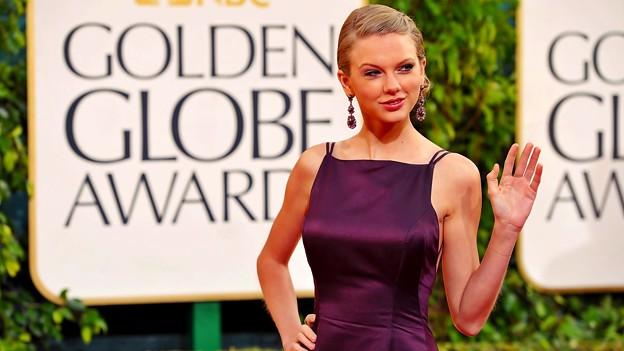 Photos: Beautiful Blue Eyes of Taylor Swift (11087)
