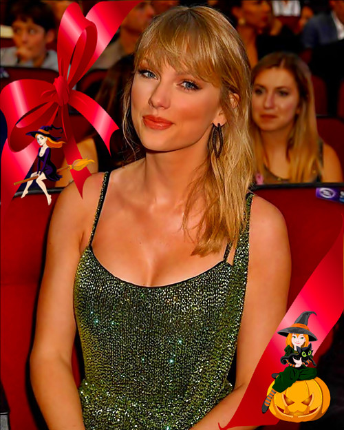 Beautiful Blue Eyes of Taylor Swift(11095)