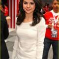 Beautiful Selena Gomez(9005976)