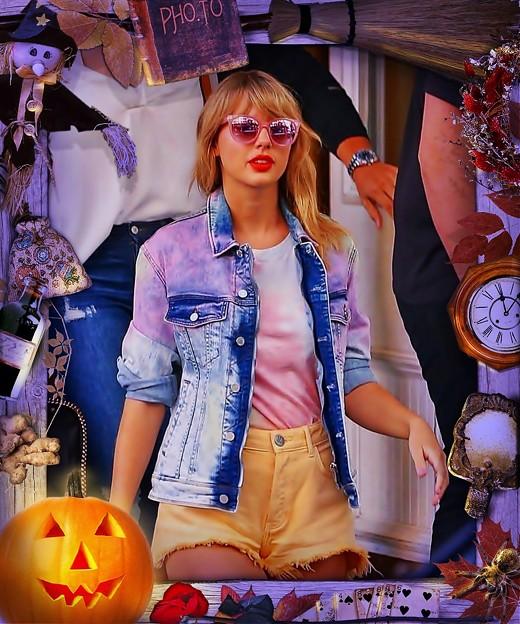 Beautiful Blue Eyes of Taylor Swift(11101)