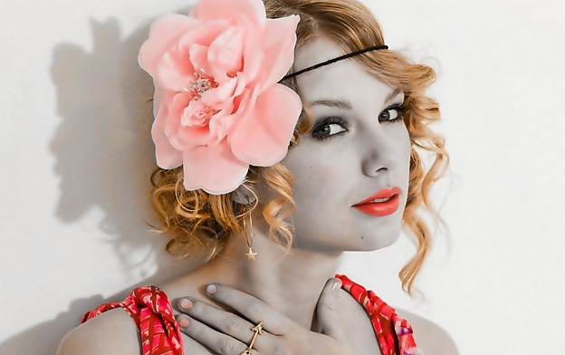 Photos: Beautiful Blue Eyes of Taylor Swift(11122)