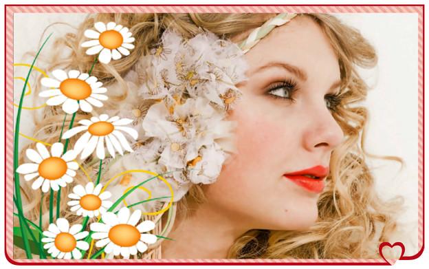 Beautiful Blue Eyes of Taylor Swift(11132)