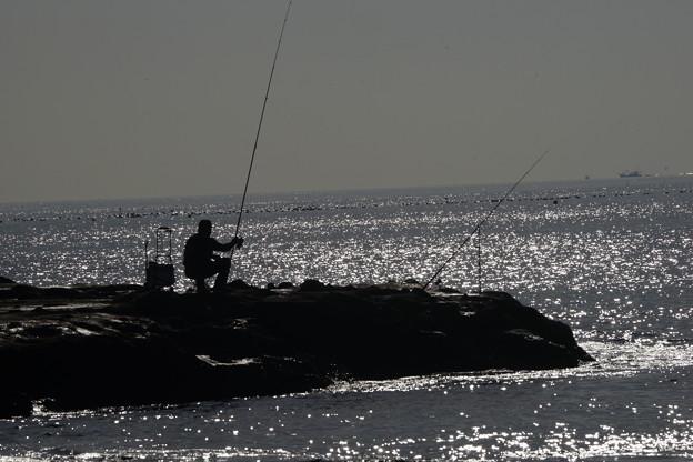 冬の釣り人