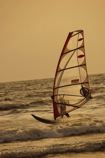 写真: ウィンドサーフィン