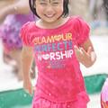 Photos: 水浴びる少女