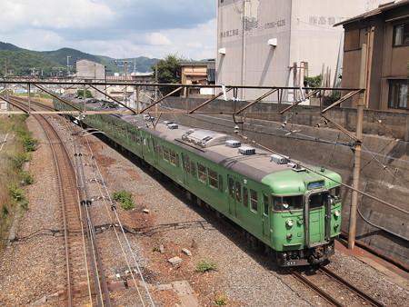 113系末茶色 東海道本線山科~京都