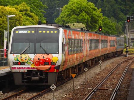 2000系特急南風 土讃線阿波池田駅02