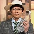 写真: 麦わら帽子で紐も結びペットボトル持って可愛い上に暑さ注意が伝わる斉田さん「熱中症に注意です!」4.19 ニュースウオッチ9 和む( ´ ▽ ` )