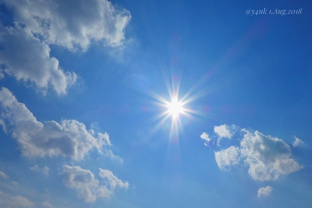 葉月ちゃんAug 1, start. Blue sky sunshine cloud all the summer beautiful sky~青空太陽雲、夏空