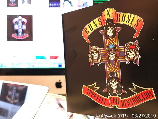 "3.27_17:20""GUNS N' ROSES/Appetite For Destruction"" Great 1st Album! in Mac~田中瞳アナハワイで一瞬ガンズT着用&インスタも記念"