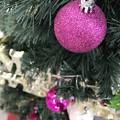 """11.18_15:30旅先その6.""""今年初のXmas Tree""""Pink or Velvet color balls~この色のクリスマスツリーボール飾り意外と珍しい大人色◯(12.14ふたご座流星群)"""