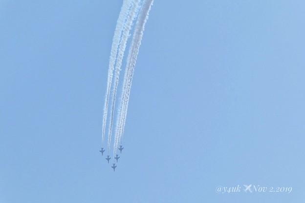 Nov 2, 2019 BlueImpulse flyover航空祭前日の飛行~「あす29日に都心を飛行 新型コロナ対応の医療従事者に感謝表すため」米でも飛んだ!空自も震災時にも飛んだ!最高のエール!
