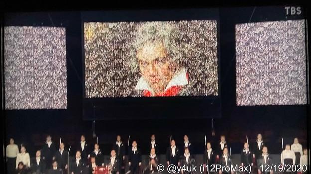 """12.19TBS""""1万人の第九#大阪城ホール#佐渡裕""""毎年恒例年末の歓喜しかしコロナ禍…リモートで1万人その集まりでベートーベン現れたラストに鳥肌!来年は1万人の生を再び祈るベートーベン生誕250周年"""