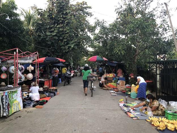 ヤンゴンのローカル市場 (10)