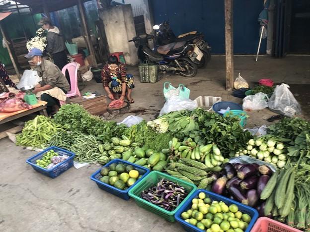 ヤンゴンのローカル市場 (2)