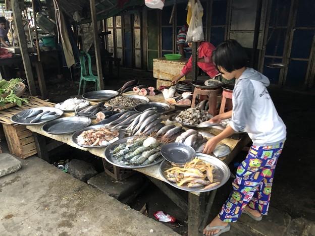 ヤンゴンローカル市場 (6)