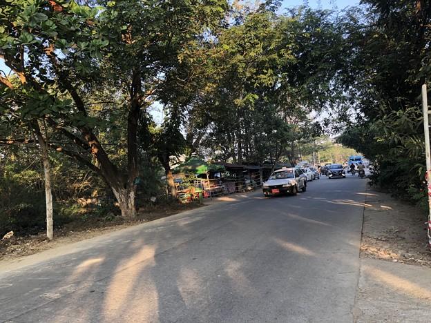 ヤンゴンの片隅で 12月11日 (19)