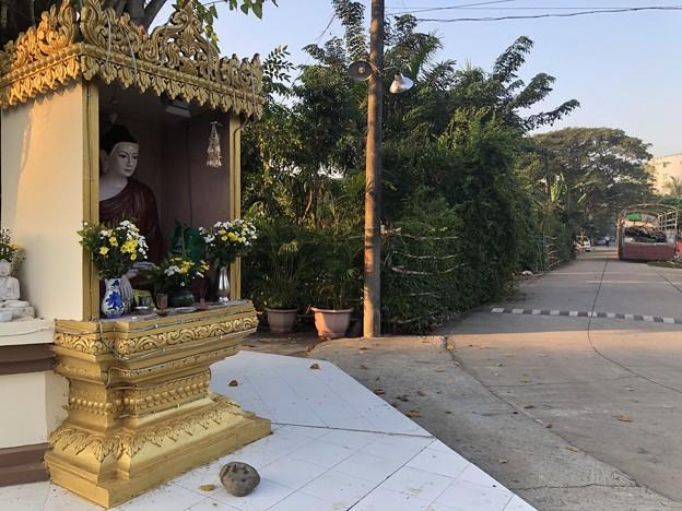 ヤンゴンの片隅で 12月11日 (16)