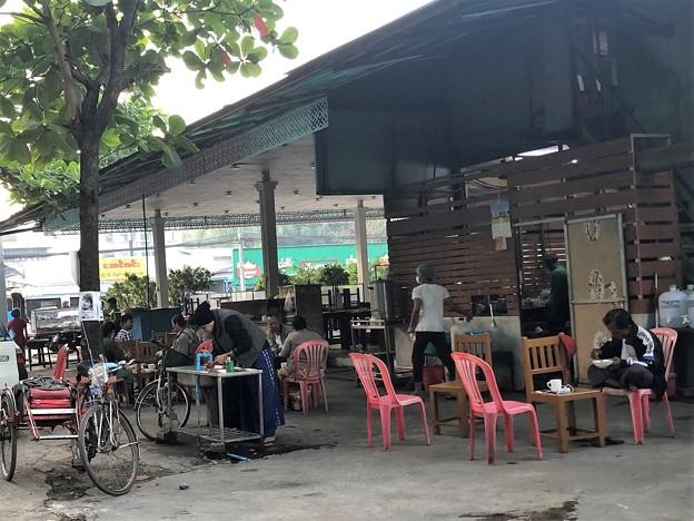 ヤンゴンの片隅で 12月11日 (7)