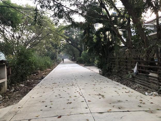 ヤンゴンの片隅で 12月11日 (6)