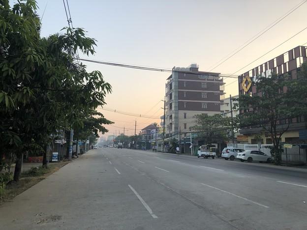 ヤンゴンの片隅で 12月11日 (9)