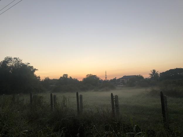 12月13日のヤンゴンの片隅で (10)