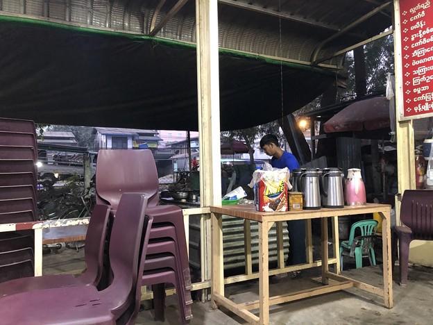 市場の食堂で朝ごはん 12月20日 (3)