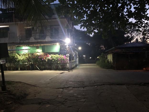 ヤンゴンの朝霧 12月23日 (4)