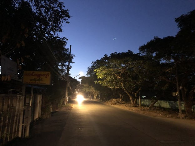 2020年クリスマスはヤンゴンの片隅で (1)