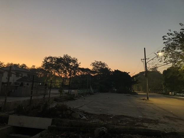 1月5日のヤンゴンの朝 (3)