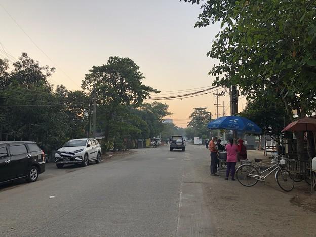 1月5日のヤンゴンの朝 (12)