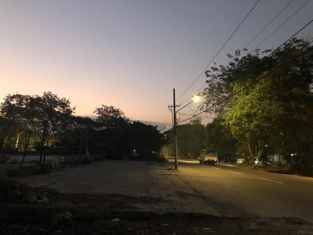 1月7日のヤンゴンの朝 (2)