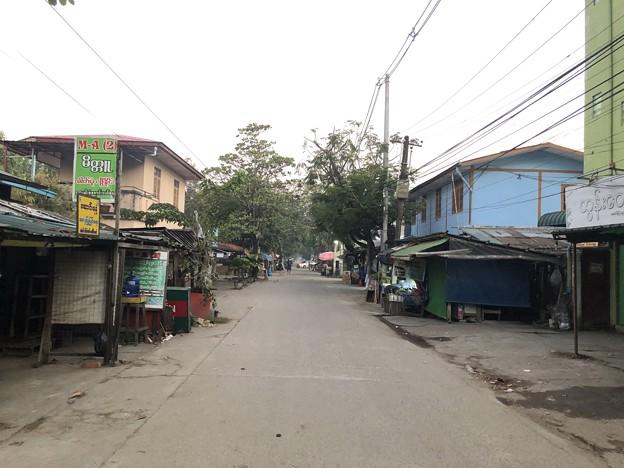 1月7日のヤンゴンの朝 (7)