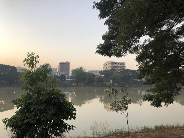 1月7日のヤンゴンの朝 (17)