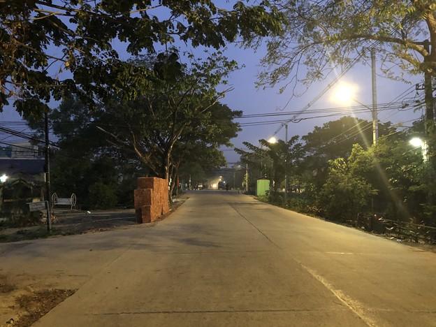 1月15日のヤンゴンの朝 (4)