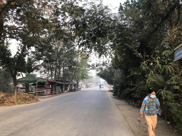 1月15日のヤンゴンの朝 (21)