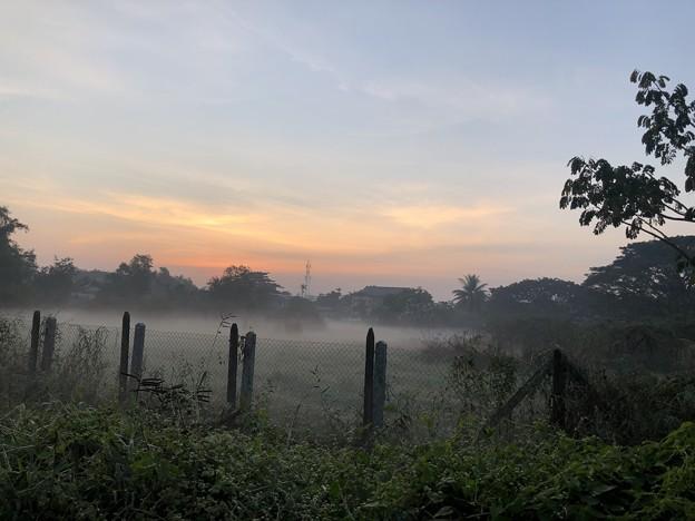 1月15日のヤンゴンの朝 (18)