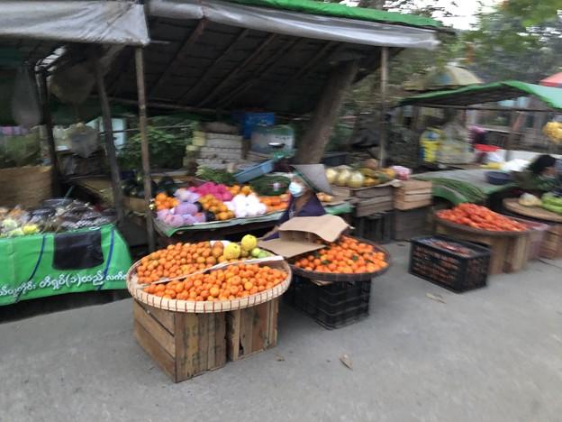 1月15日のヤンゴンの朝 (17)