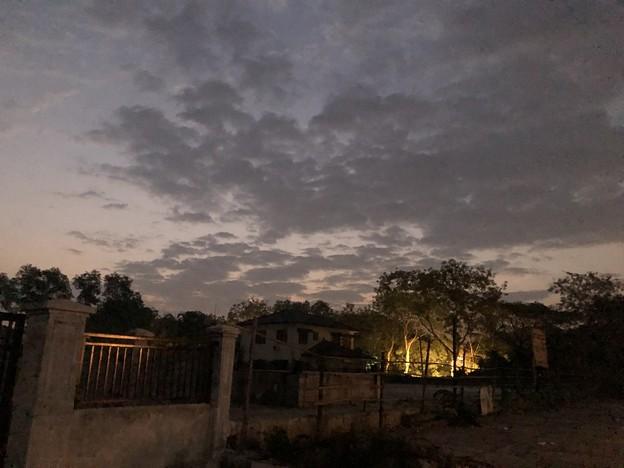 1月20日のヤンゴンの朝 (1)