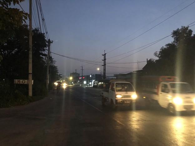 1月21日のヤンゴンの朝 (1)