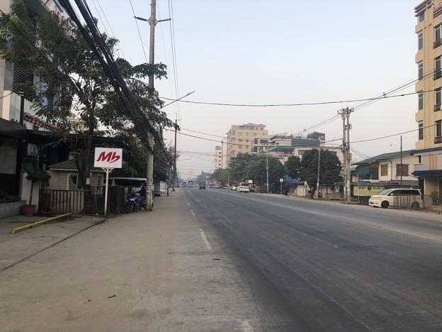 1月223日のヤンゴンの朝 (8)