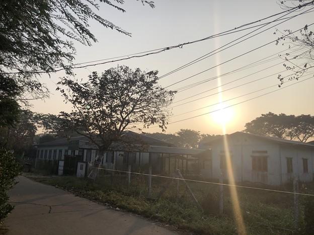 1月223日のヤンゴンの朝 (26)
