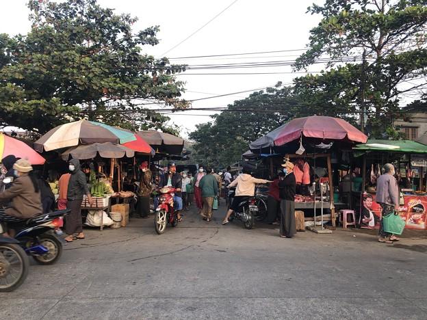 1月223日のヤンゴンの朝 (12)
