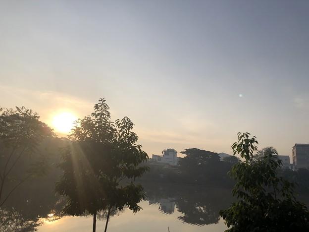 寝坊した朝のヤンゴン1月27日 (18)
