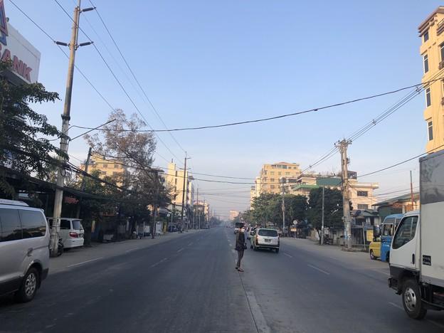 寝坊した朝のヤンゴン1月27日 (17)