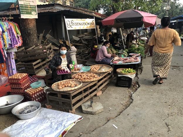 寝坊した朝のヤンゴン1月27日 (14)