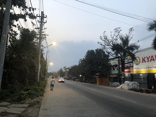 1月30日のヤンゴンの朝 (9)
