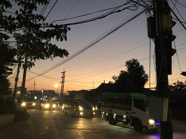 2月3日のヤンゴンの朝 (1)