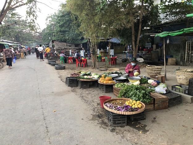2月3日のヤンゴンの朝 (6)