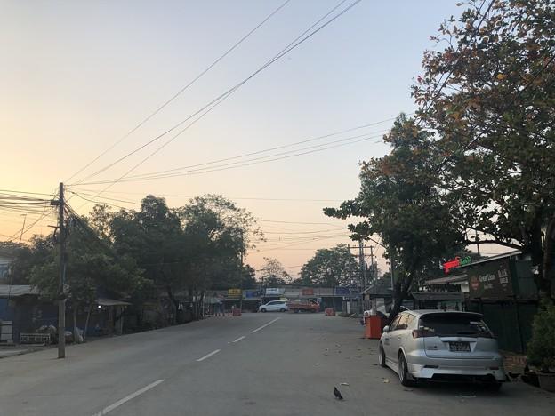 2月4日のヤンゴンの朝 (18)